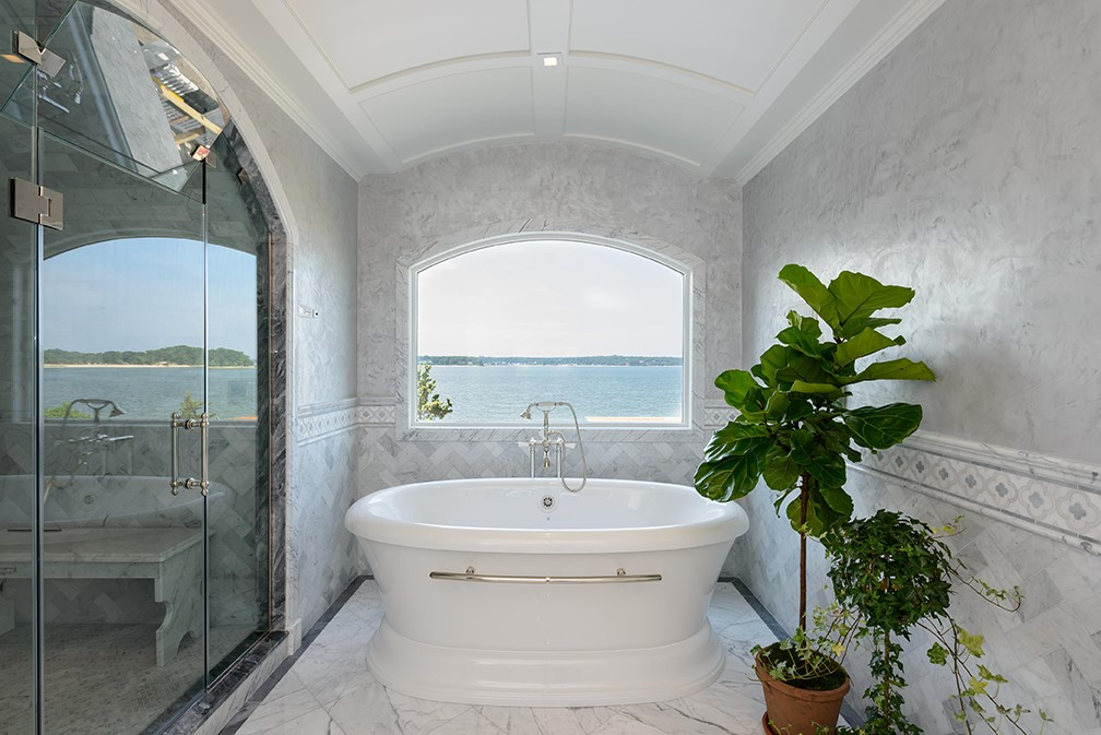 Heather Ryder Design - East Coast Bathroom