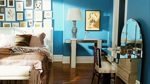 Carrie Bradshaw's apartment makeover