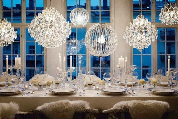 modern-white-tablescape-christmas